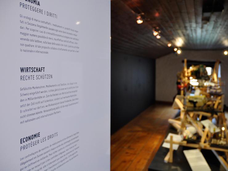 MartinBirrerDesign ZollmuseumBeschriftung 06 Martin Birrer Design Bern